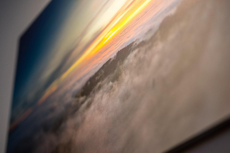 Fotoleinwand, Nahaufnahme, Stuktur des hochwertigen Gewebes ist zu erkennen. Ein Landschaftsfoto in Nahhaufnahme
